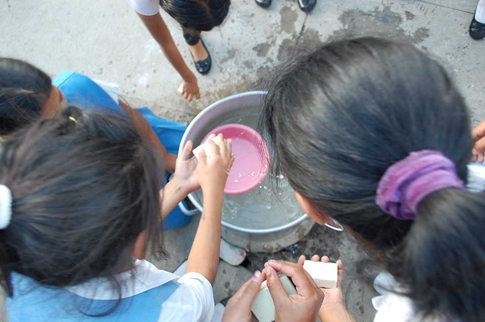 Handwashing helps to prevent the spread of deadly diseases. With donated soap from Clean the World Foundation, school children in Guatemala learn how to wash their hands well.